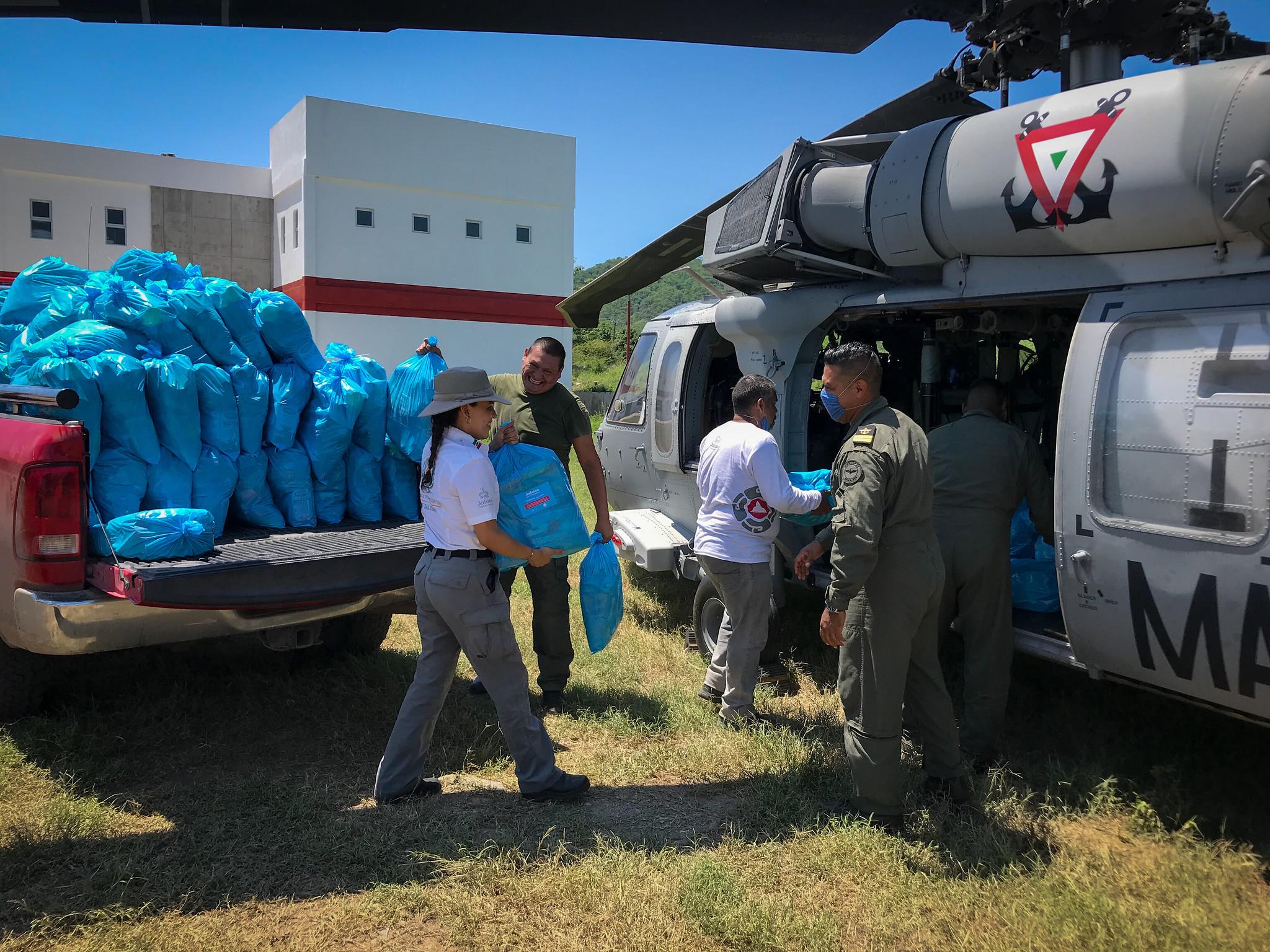 """Llegada de apoyos para comunidades afectadas por tormenta """"Hernán"""""""