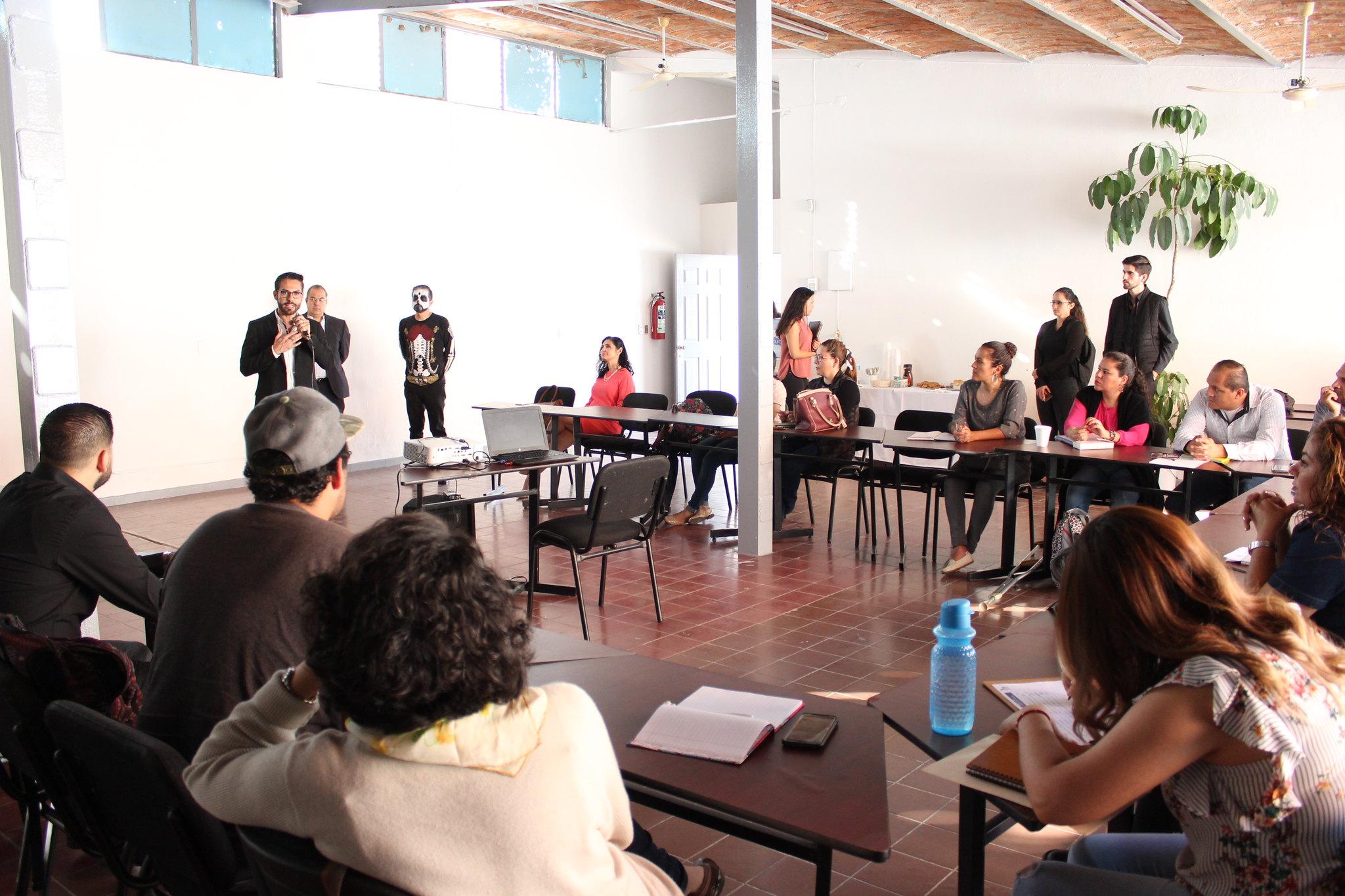 38 personas participan en el Diplomado en Métodos Alternos para la Solución de Conflictos.