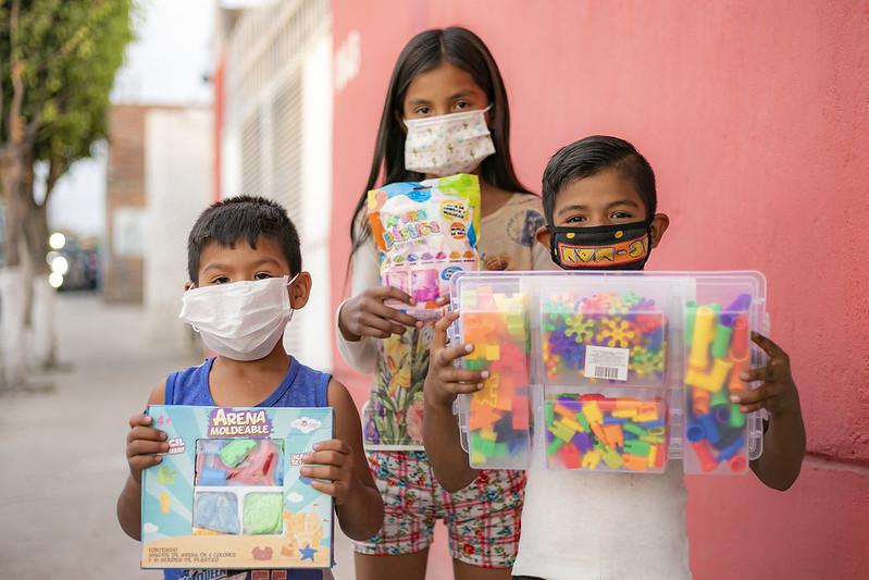 Miles de niños recibieron juguetes