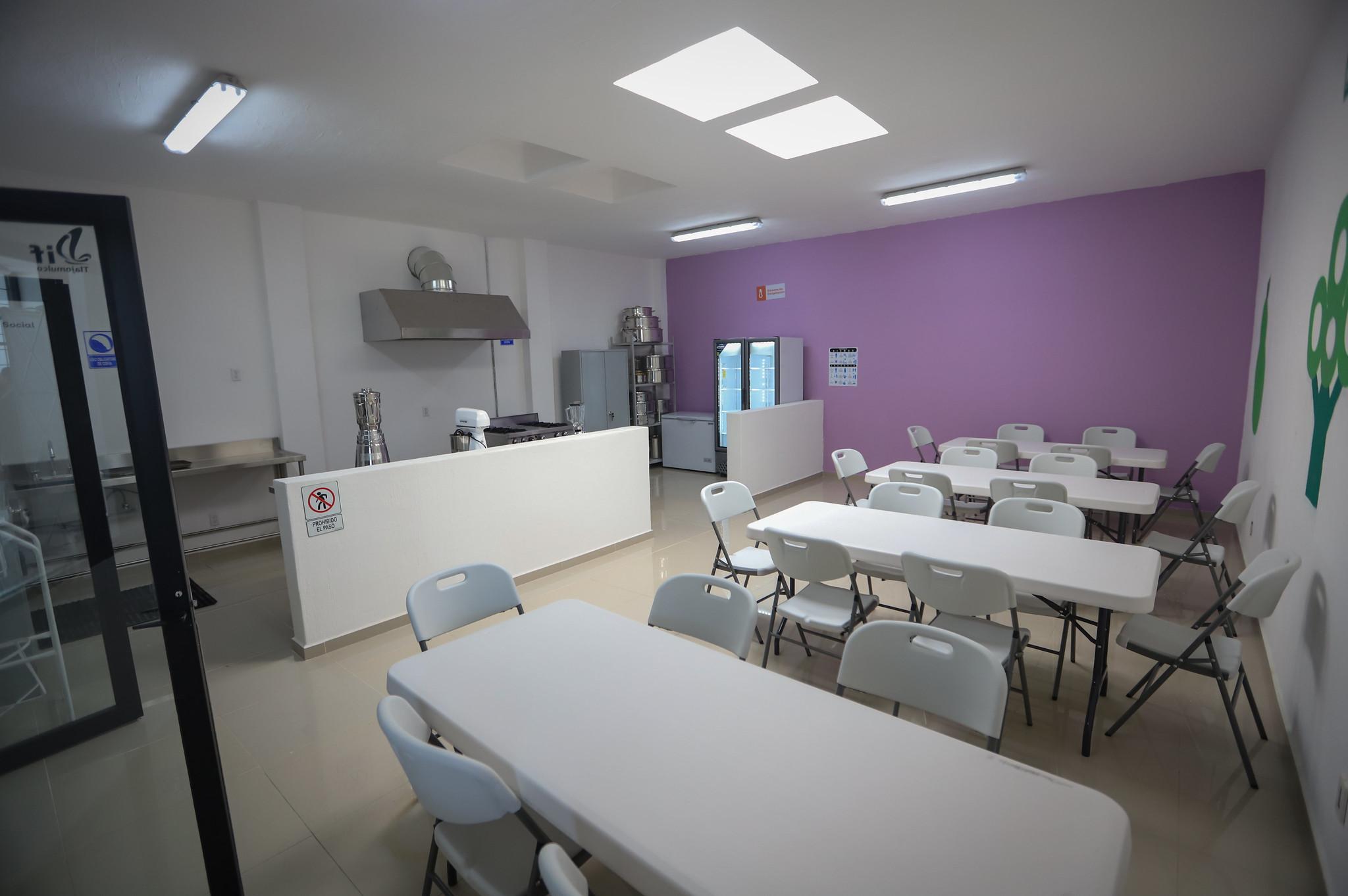 En el fraccionamiento Los Silos, de Tlajomulco de Zúñiga, fue inaugurado un Comedor Asistencial para Adultos Mayores y Grupos Prioritarios.