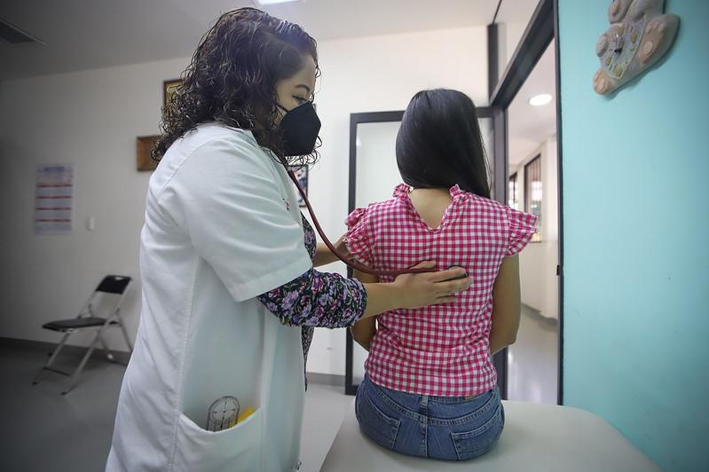 Capacitación a terapeutas del CRI