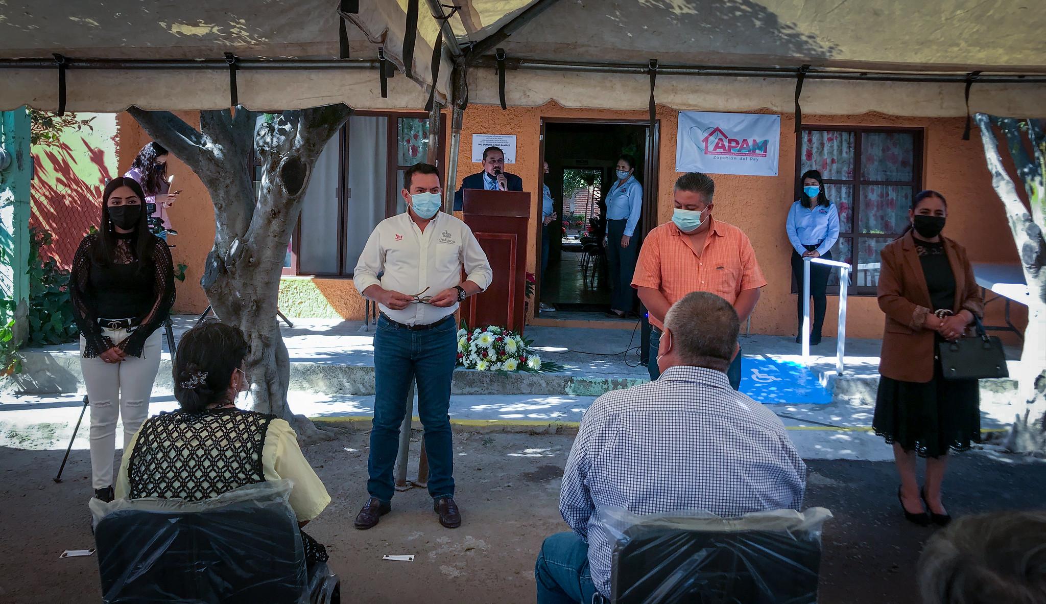 En Zapotlán del Rey se inauguró el Centro de Atención para Personas Adultas Mayores