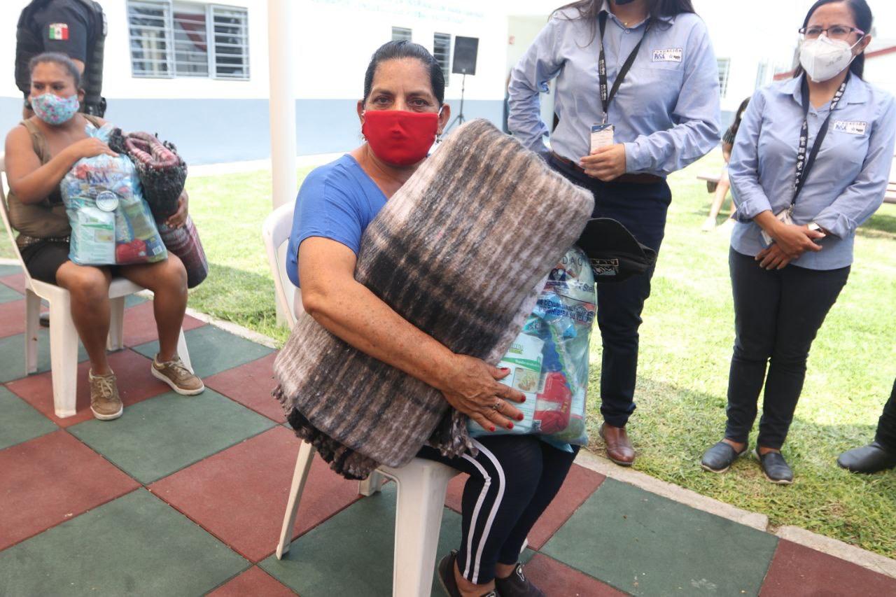 Familias afectadas por lluvias en Zapopan siguen recibiendo apoyos a través de SSAS y DIF Jalisco.