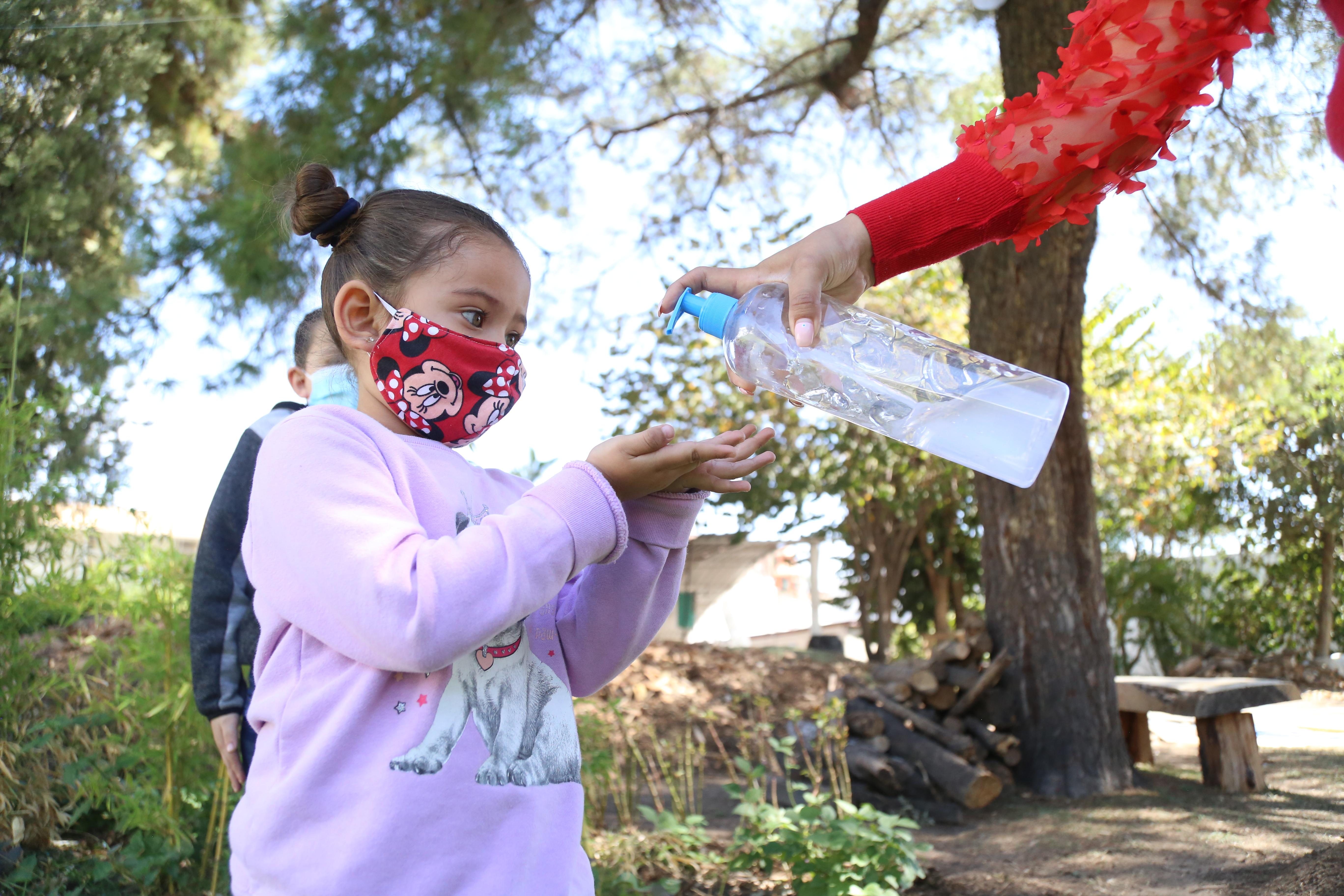 Se refuerzan medidas de seguridad e higiene en Centros de Atención y Desarrollo Infantil de DIF Jalisco.