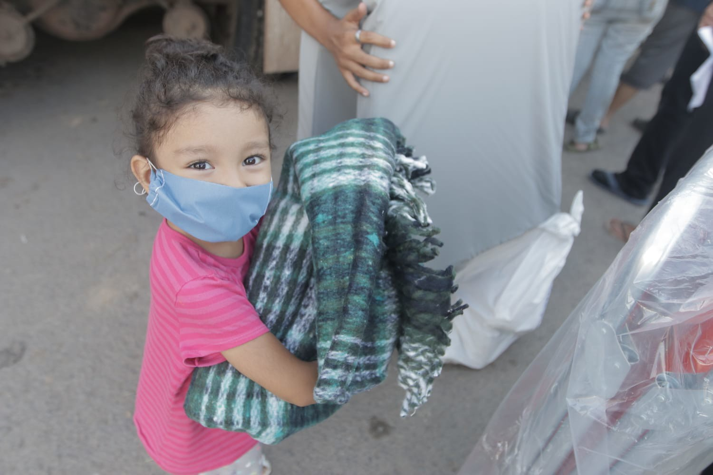 Comunidades de Ixtlahuacán de los Membrillos y Tuxcueca recibieron ayuda humanitaria de DIF Jalisco tras lluvias.