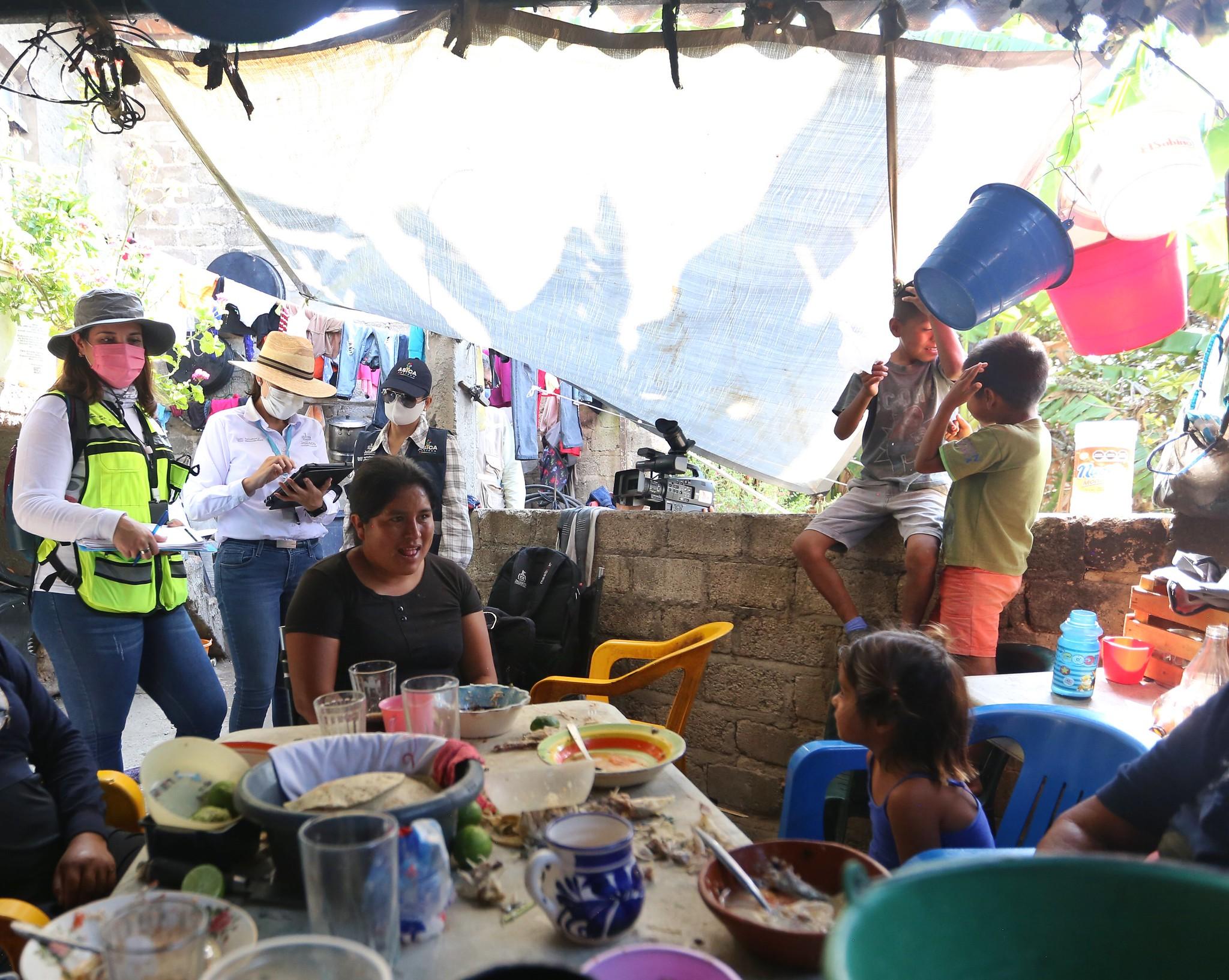 SSAS realiza levantamiento de censo para detectar necesidades de familias en comunidades del Municipio de Poncitlán.