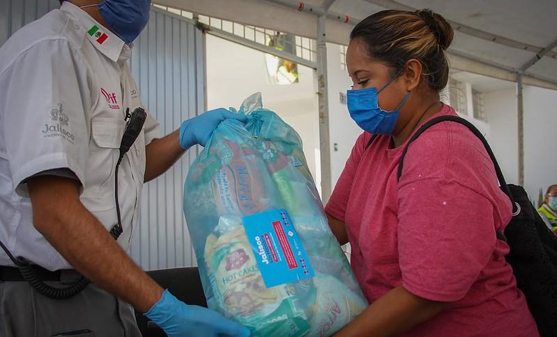 Entrega de despensas Jalisco sin Hambre